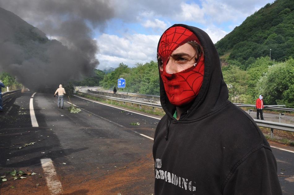 http://juralib.noblogs.org/files/2012/06/010.jpg