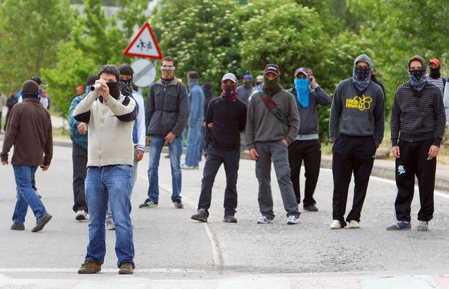 http://juralib.noblogs.org/files/2012/06/014.jpg