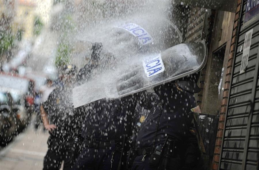 http://juralib.noblogs.org/files/2012/06/0312.jpg
