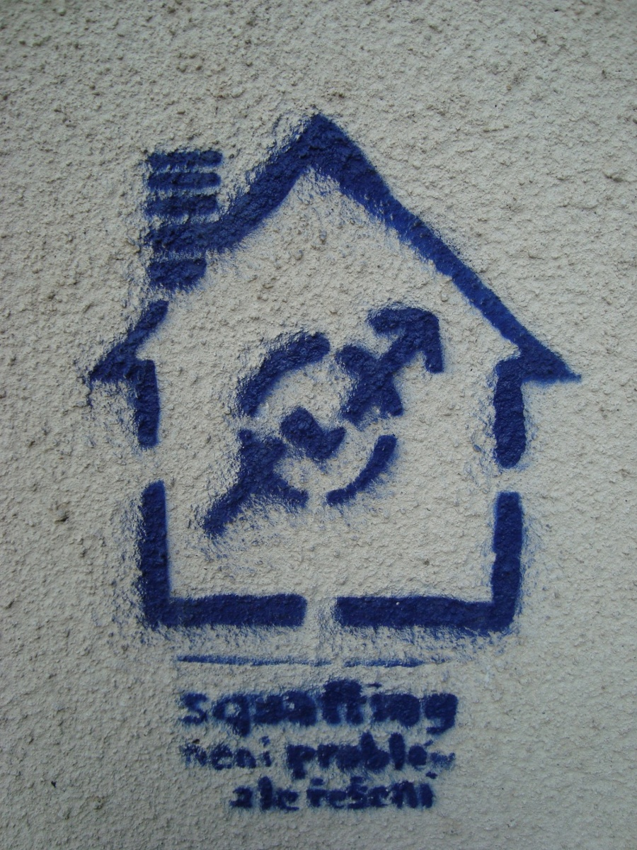 http://juralib.noblogs.org/files/2012/06/2011-06-24_Tchequie_Prague_squat.jpg
