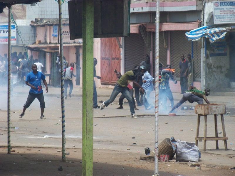 http://juralib.noblogs.org/files/2012/08/025.jpg
