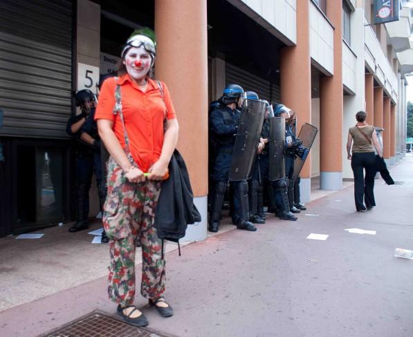 http://juralib.noblogs.org/files/2012/08/036.jpg