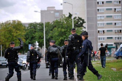 http://juralib.noblogs.org/files/2012/08/041.jpg
