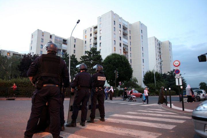 http://juralib.noblogs.org/files/2012/09/157.jpg