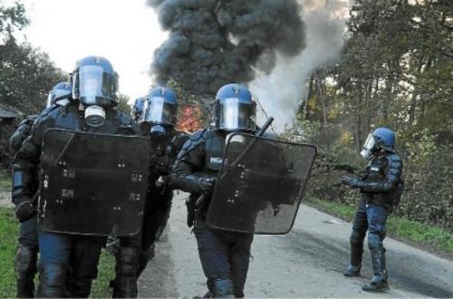 http://juralib.noblogs.org/files/2012/10/0133.jpg
