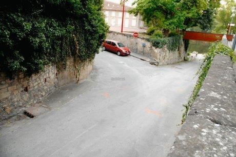 http://juralib.noblogs.org/files/2012/10/027.jpg