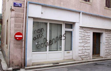 http://juralib.noblogs.org/files/2012/10/0416.jpg