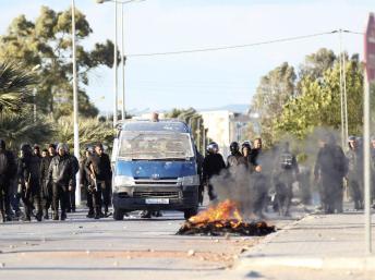 http://juralib.noblogs.org/files/2012/11/0238.jpg