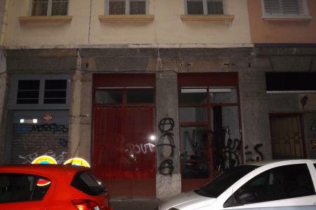 http://juralib.noblogs.org/files/2012/11/0411.jpg