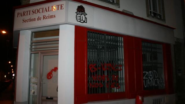 http://juralib.noblogs.org/files/2012/11/0421.jpg