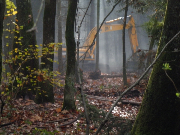 http://juralib.noblogs.org/files/2012/11/0422.jpg