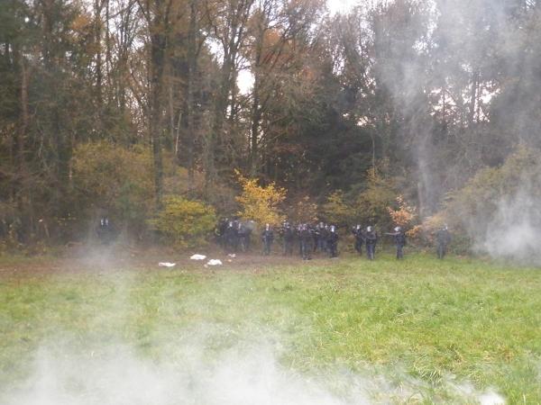 http://juralib.noblogs.org/files/2012/11/0816.jpg