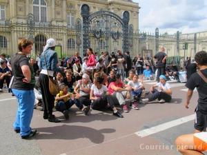 http://juralib.noblogs.org/files/2012/11/111.jpg