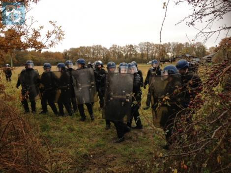 http://juralib.noblogs.org/files/2012/11/118.jpg