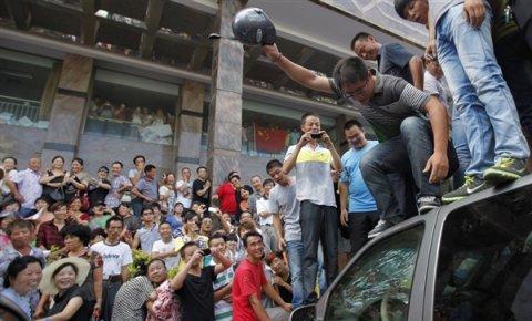 http://juralib.noblogs.org/files/2012/11/126.jpg