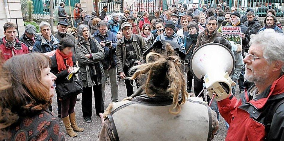 http://juralib.noblogs.org/files/2012/11/1712.jpg