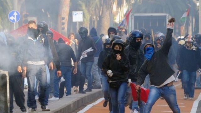 http://juralib.noblogs.org/files/2012/11/241.jpg