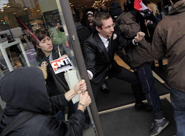 http://juralib.noblogs.org/files/2012/11/29.jpg