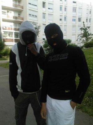 http://juralib.noblogs.org/files/2012/12/0433.jpg