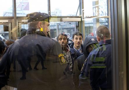 http://juralib.noblogs.org/files/2012/12/0619.jpg