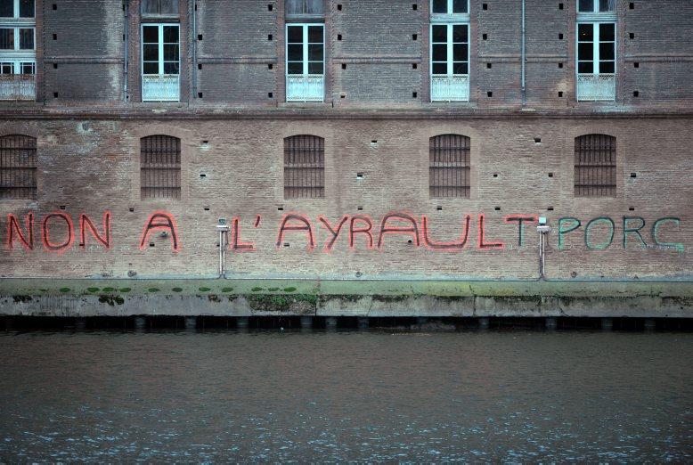 http://juralib.noblogs.org/files/2012/12/073.jpg