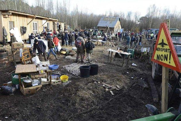 http://juralib.noblogs.org/files/2012/12/117.jpg