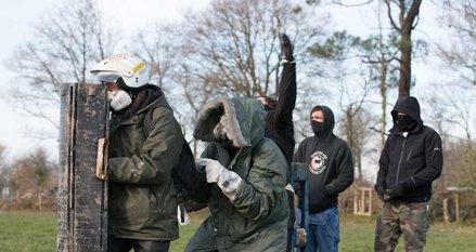 http://juralib.noblogs.org/files/2012/12/138.jpg