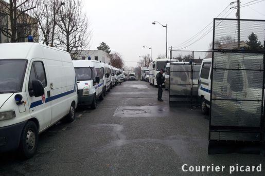 http://juralib.noblogs.org/files/2013/03/009.jpg