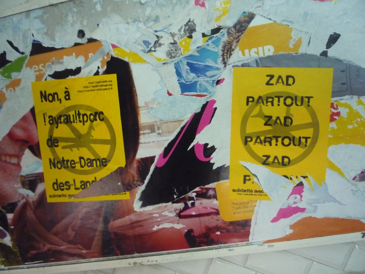 http://juralib.noblogs.org/files/2013/03/2012-11_Montreuil_nddl_MetroRobespierre-g.jpg
