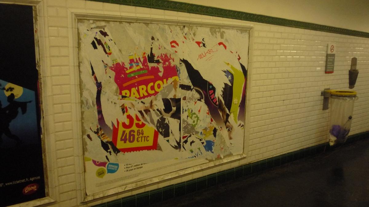 http://juralib.noblogs.org/files/2013/03/2012-12_Montreuil_MetroRobespierre-a.jpg