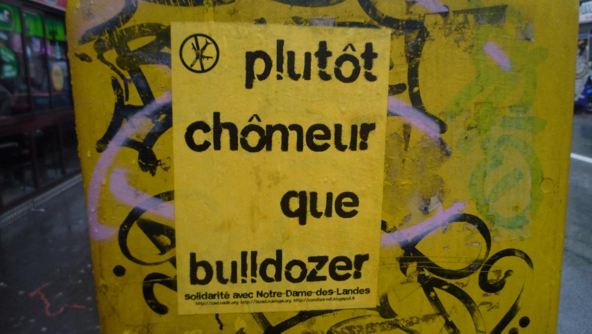 http://juralib.noblogs.org/files/2013/03/2012-12_Montreuil_NDDL-b.jpg