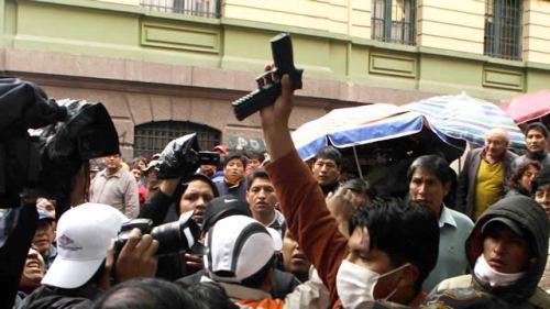 http://juralib.noblogs.org/files/2013/05/25.jpg