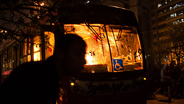 http://juralib.noblogs.org/files/2013/06/PasseLivre5.jpg