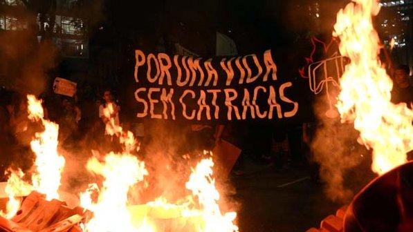 http://juralib.noblogs.org/files/2013/06/PasseLivre7.jpg